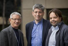 Carl Zimmer (center) with Carlos Bustamante and Marcus Feldman